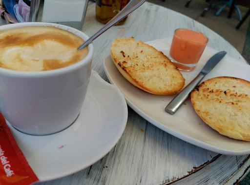 Haz una parada en Panamá Café